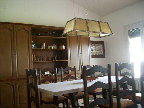luminaria colgante en comedor